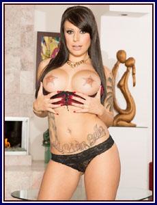 Porn Star Tori Avano
