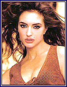 curious question think, daisy shah in bikini jai ho movie actress apologise, but
