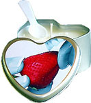 Strawberry Edible Heart Candle 4 oz